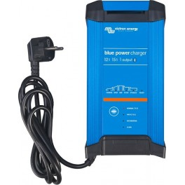 Cargador de baterías 12V 15A Blue Smart IP22 de Victron de 3 salidas
