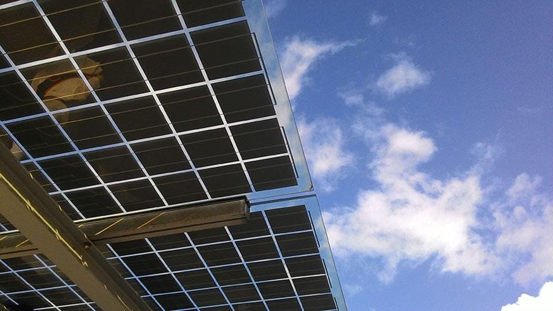 cuantos-paneles-solares-necesito-para-casa