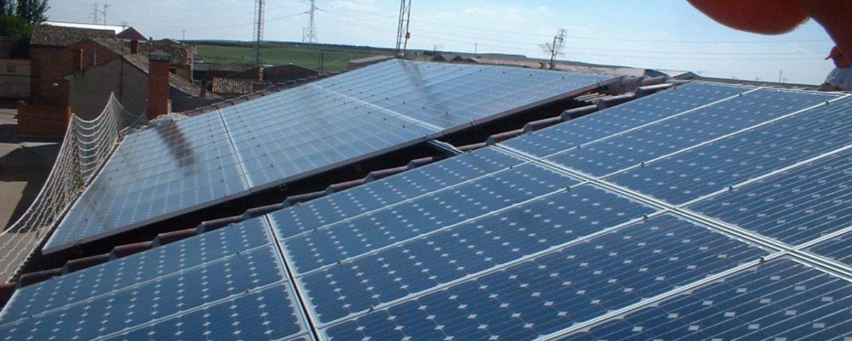 Instalaciones fotovoltaicas conectadas a la red eléctrica (Autoconsumo Fotovoltaico)